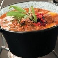 Maďarský kotlíkový guláš