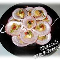 Lovely Steamed Open-shell Scallops