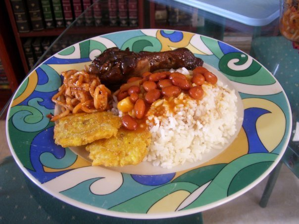 Traditional Dominican Food (by Arturo Féliz-Camilo )