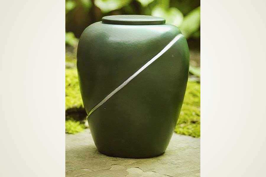 Eco-Forest Biodegradable Urns
