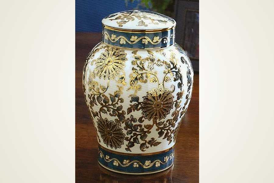 Antiqued English Vase Urns
