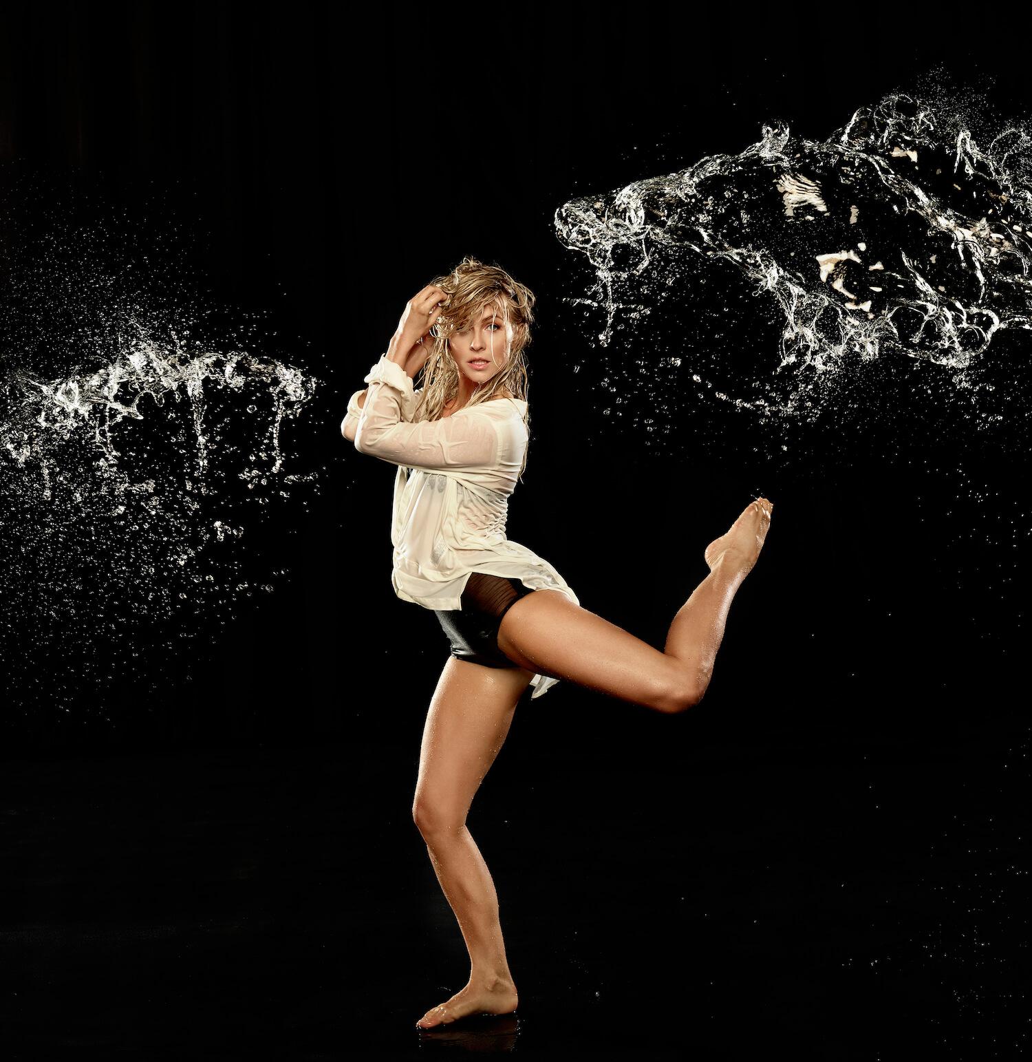 Julianne Hough And Derek Hough Dance Tour