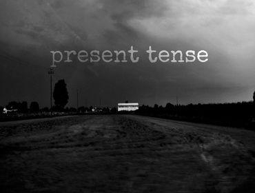 Recensione dell/'Album Present Tense - EP