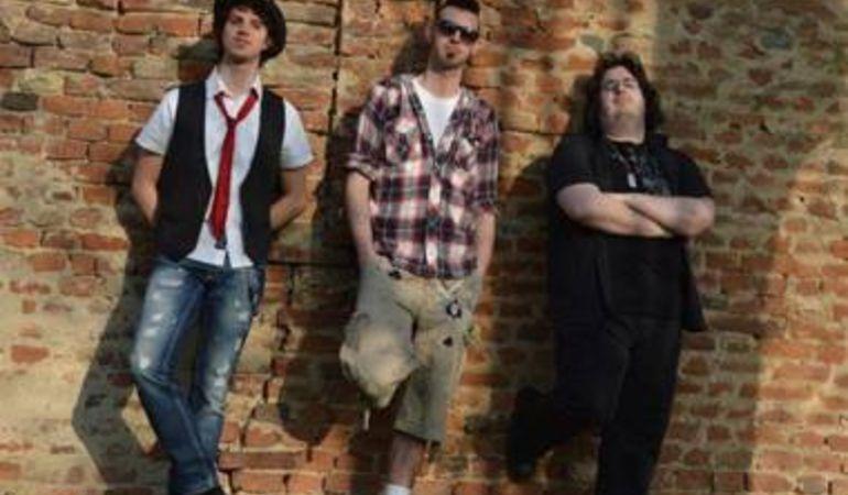 """The Pub 73 in radio da fine Luglio con il nuovo singolo """"All pictures night"""" primo estratto dall'album Bomb Tracks."""