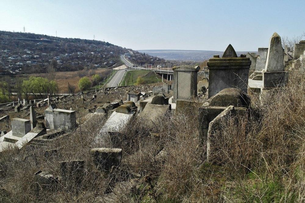 Rybnitsa cemetery