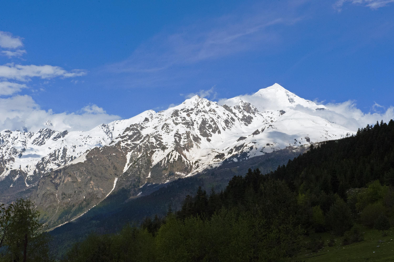 Mt Shkhara 5068 m