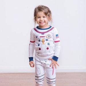 8.1 astronaut pj with girl 2 0ce45723 9ed4 4c4b 8910 0a8d15179520 1024x1024