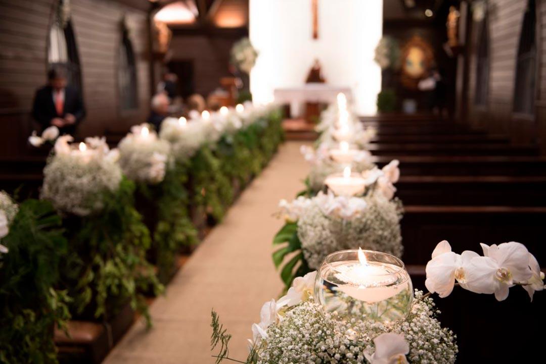 Decoração para casamento religioso - Festejare Decorações e Flores