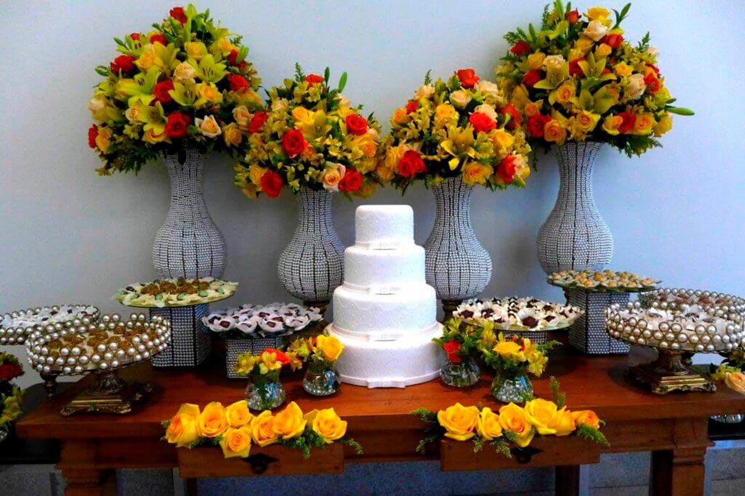 Arranjos para decoração Mini Wedding - Festejare Decorações e Flores