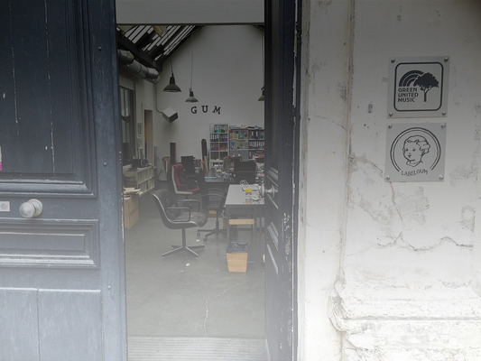 Green_united_music_office_paris