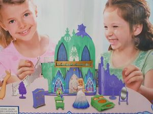 Castillo Elsa Frozen con Muebles Niñas