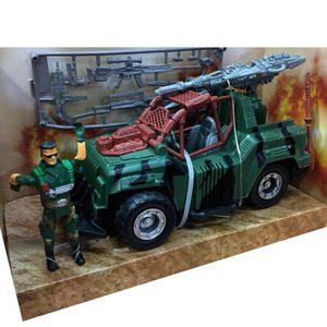 Auto Militar + Soldados + Armas 20cm