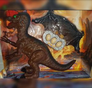 Dragon A Pila Camina + Luz y Sonido