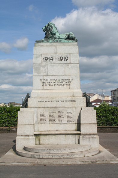 Morecambe War Memorial 6.jpg