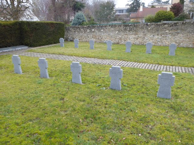 Saint Germain German graves.jpg