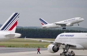 Air-france-22-detenidos-por-cargamento-de-cocaína-en-avión-de-air-france-300x193_large