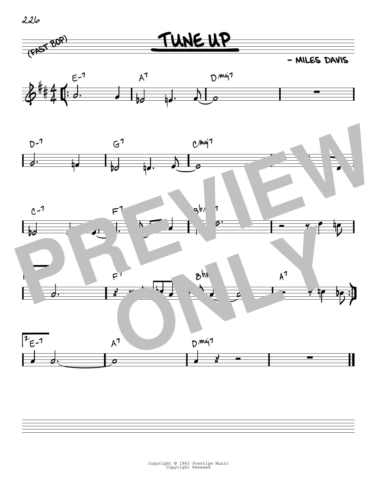Partition autre Tune Up de Miles Davis - Real Book, Melodie et Accords, Inst. En Do