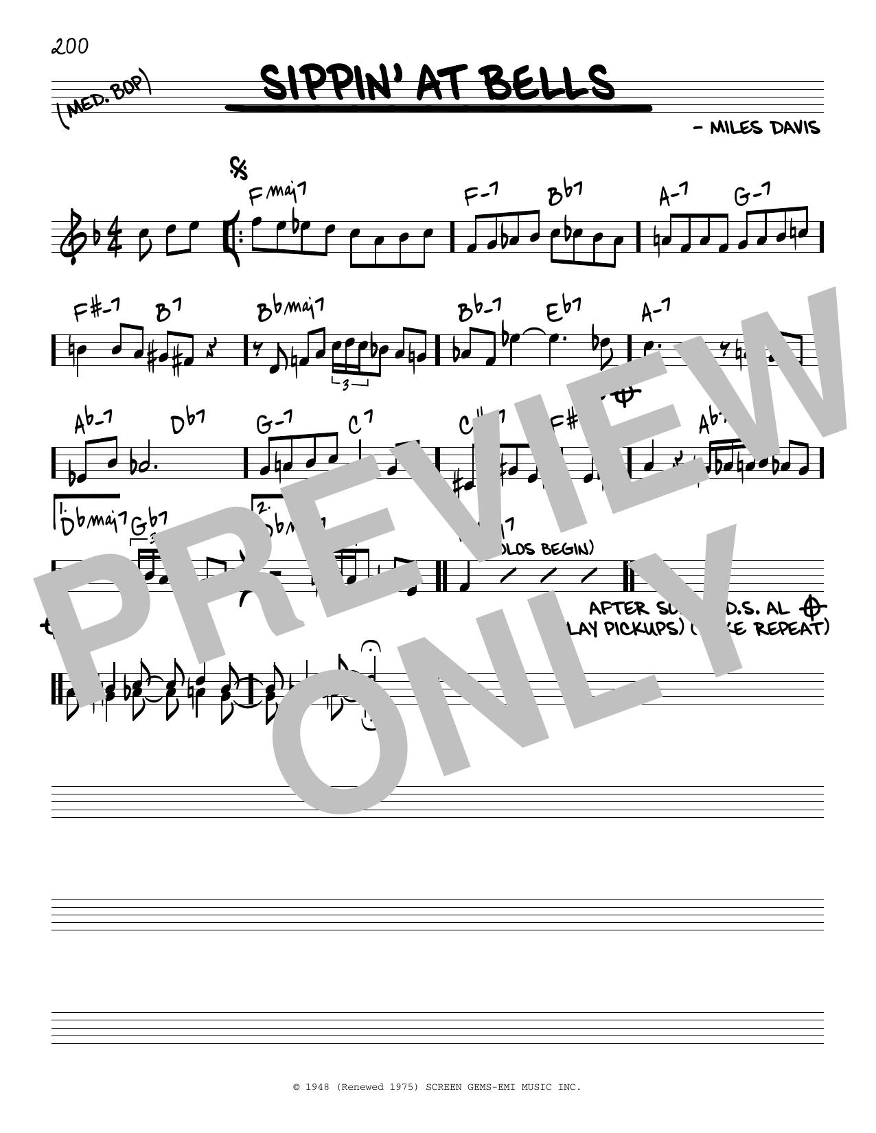 Partition autre Sippin' At Bells de Miles Davis - Real Book, Melodie et Accords, Inst. En Do