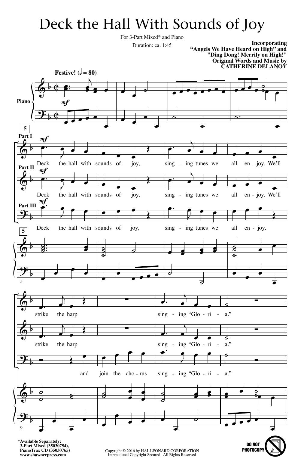 Partition chorale Deck The Hall With Sounds Of Joy de Catherine DeLanoy - 3 voix mixtes