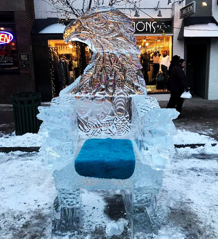 Eagle Thrown Ice Sculpture