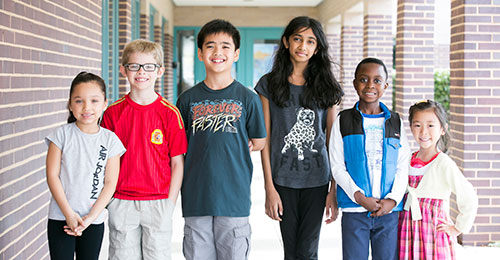 Photo: forest ridge elementary students standing in a group
