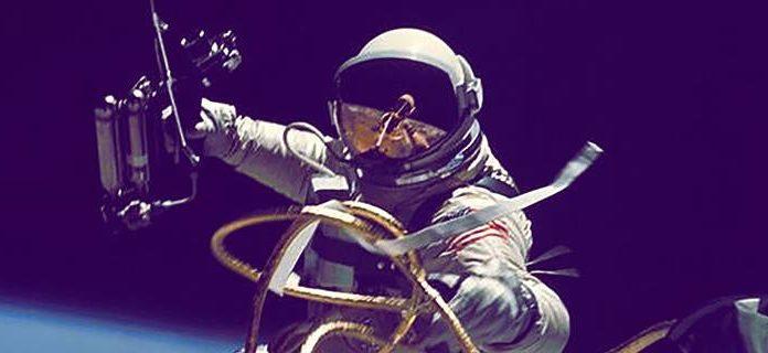 NASA, astronot kıyafeti içerisinde tuvalet ihtiyacının nasıl karşılanacağına dair yarışma başlattı - SPACE POOP - Kazanan 30.000$ ile ödüllendirilecek