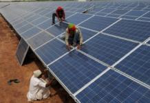 Hindistan dünyanın en büyük güneş enerjisi santralini kurdu