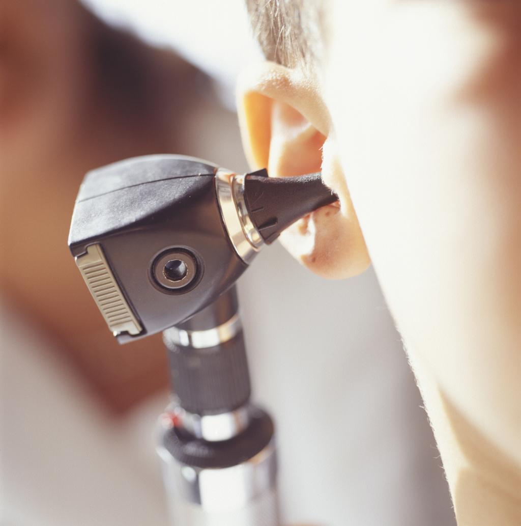 Как лечить отит у взрослых 18 фотография