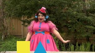 Vidéo - Miss Topé fait des suites : Carré, triangle