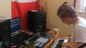 Vidéo - JonahMeltWave, producteur musique electronique