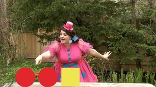 Vidéo - Miss Topé fait des suites : 2 Cercles, 1 carré