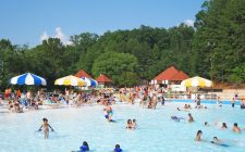 LanierWorld Wave Pool