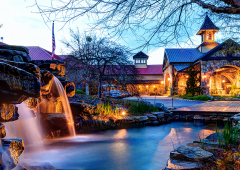 Legacy Lodge is one of the most visually stunning resorts in North Georgia