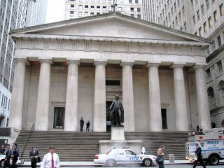 Visit the Federal Hall