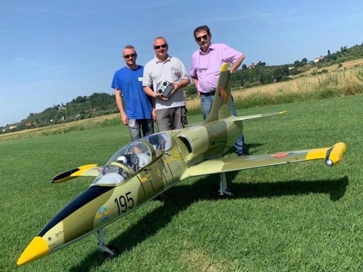 AERO VODOCHODY L 39 ALBATROS turbina jet Italia Kaiman 190