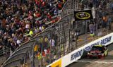 Jeff Gordon and the No. 24 team at Richmond