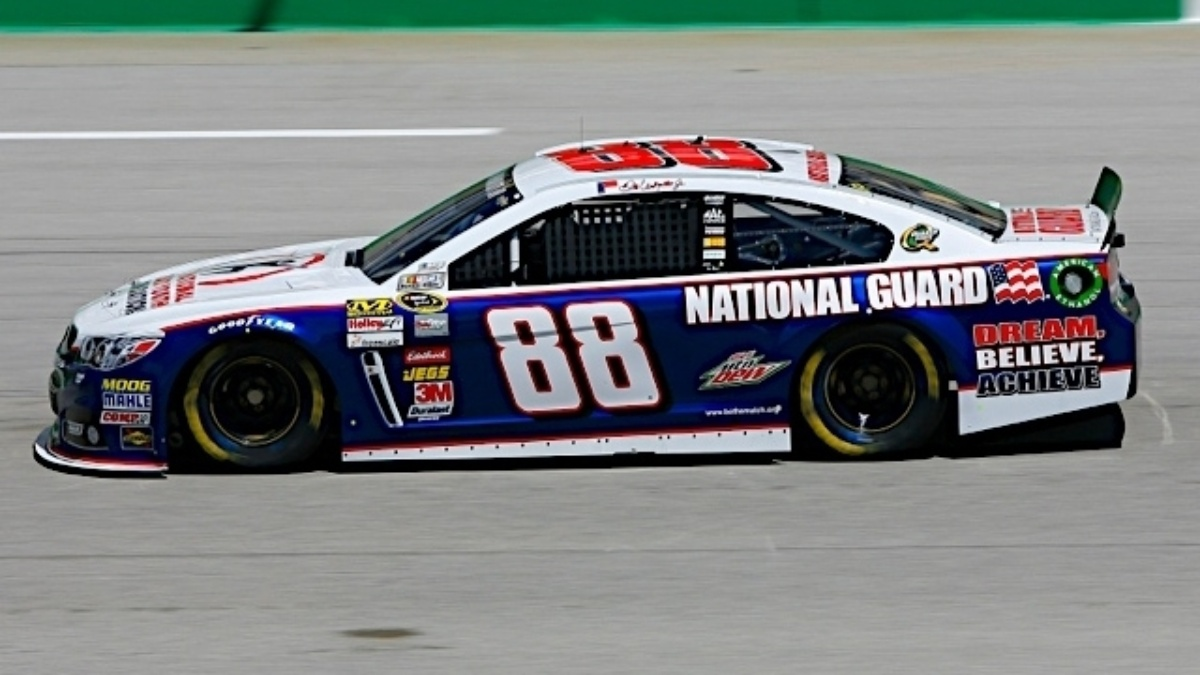 Dale Earnhardt Jr. wins pole position at Kentucky Speedway