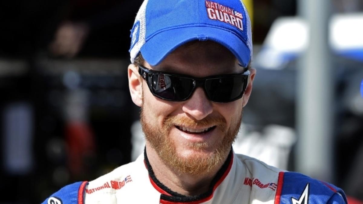 Fontana qualifying: Hendrick Motorsports teammates qualify inside top 19