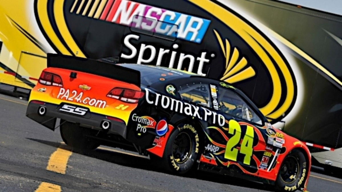 Jeff Gordon, Jimmie Johnson, Dale Earnhardt Jr. finish inside top nine at Darlington