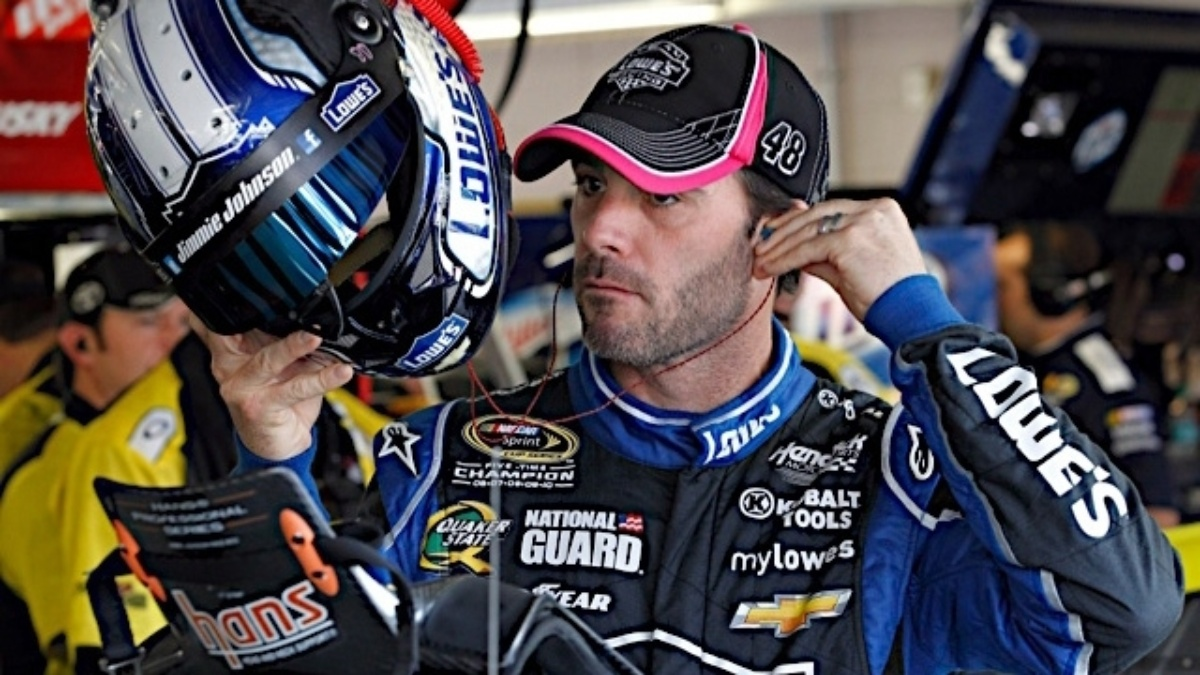 Jimmie Johnson, Dale Earnhardt Jr. qualify in top 10 at Kansas