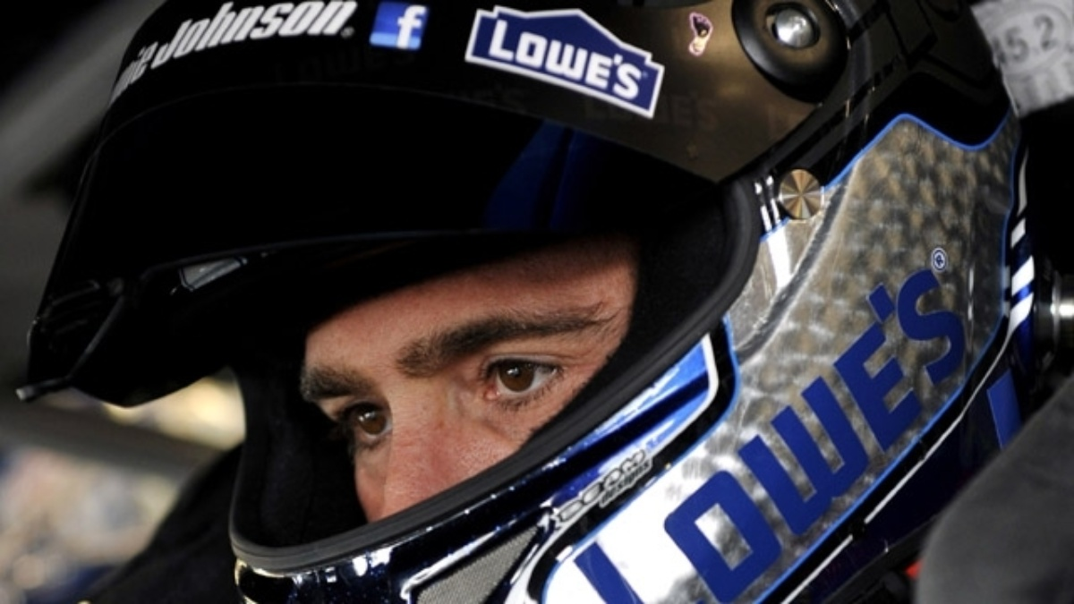 Jimmie Johnson clinches spot in Chase with eighth-place finish at Watkins Glen