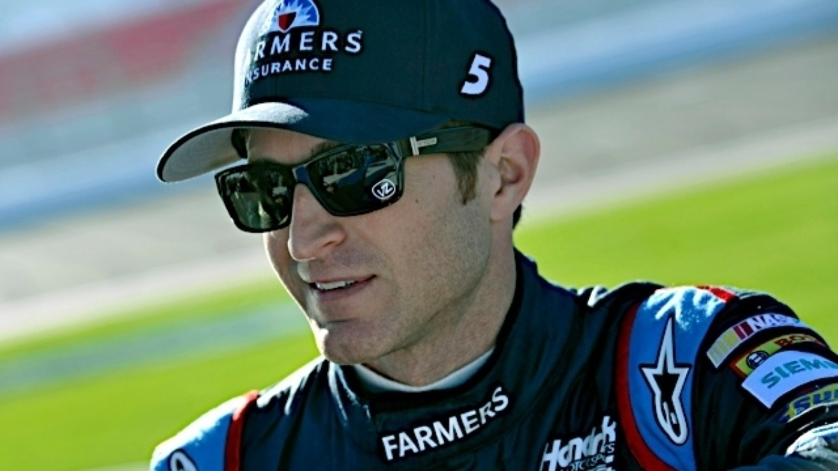 Kahne, Johnson and Earnhardt to start in top 13 at Richmond