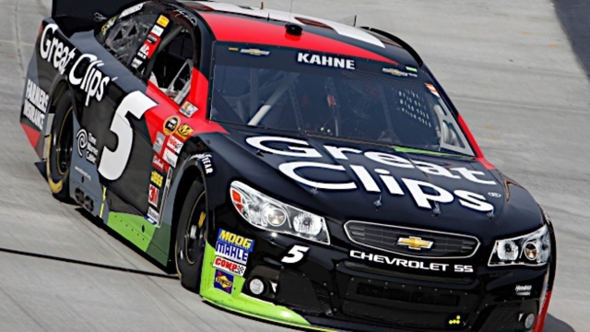Kasey Kahne, Jeff Gordon break track record, qualify top three at New Hampshire