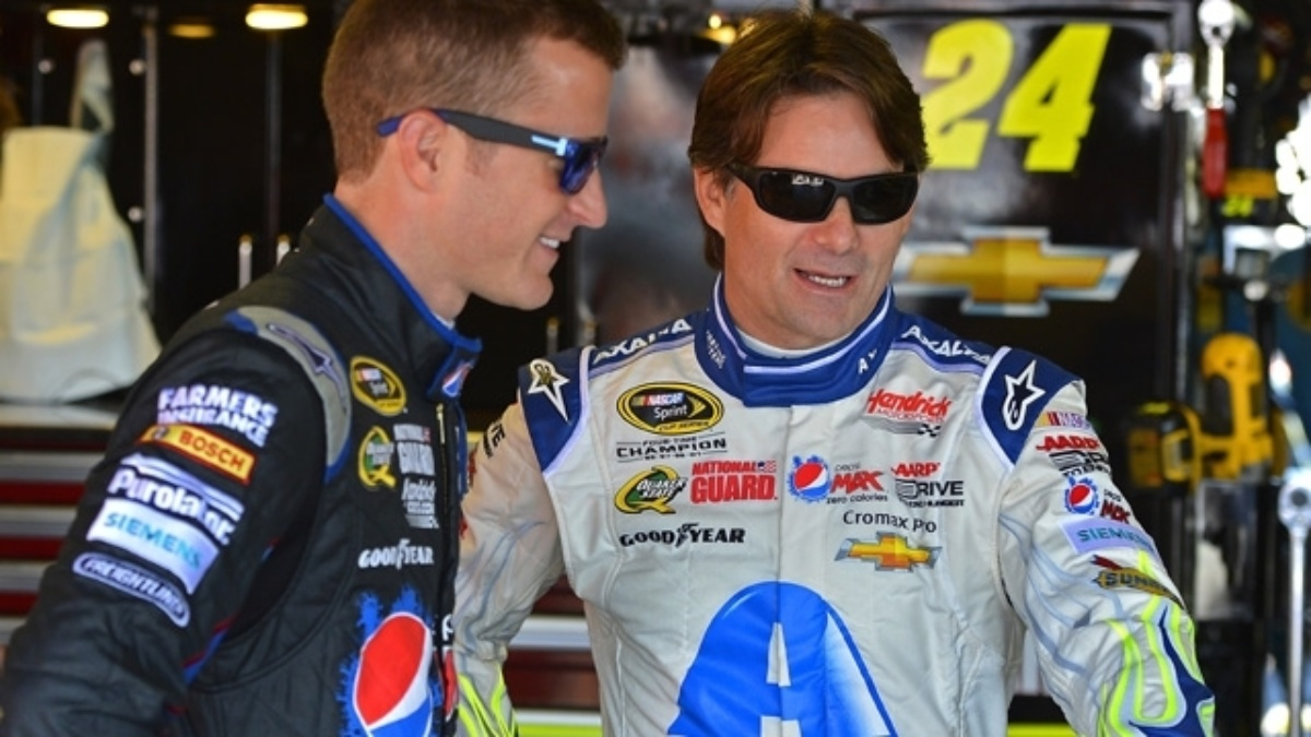 Kasey Kahne leads teammates with seventh-place result at Michigan