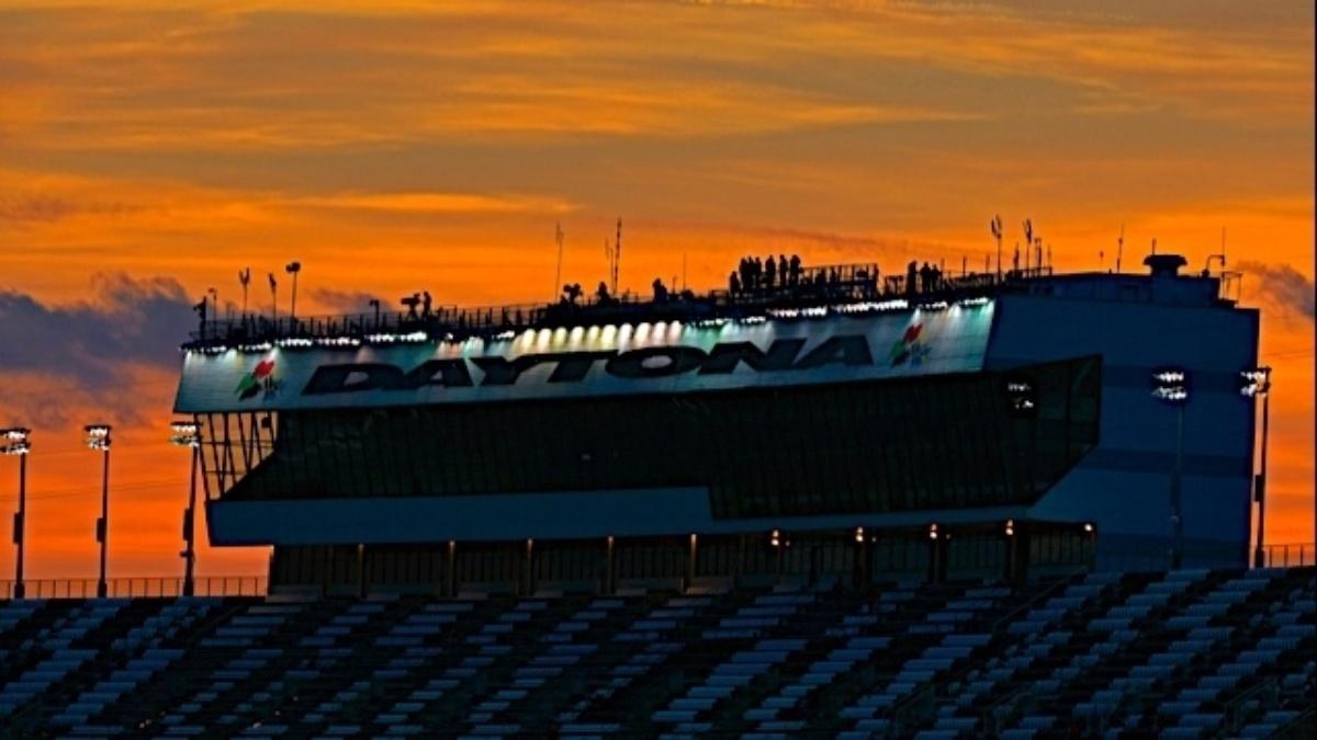 New date, same thunder: 2015 Preseason Thunder at Daytona dates announced