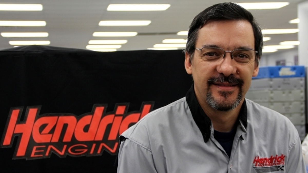 Ossowski part of winning team that builds Hendrick Engines