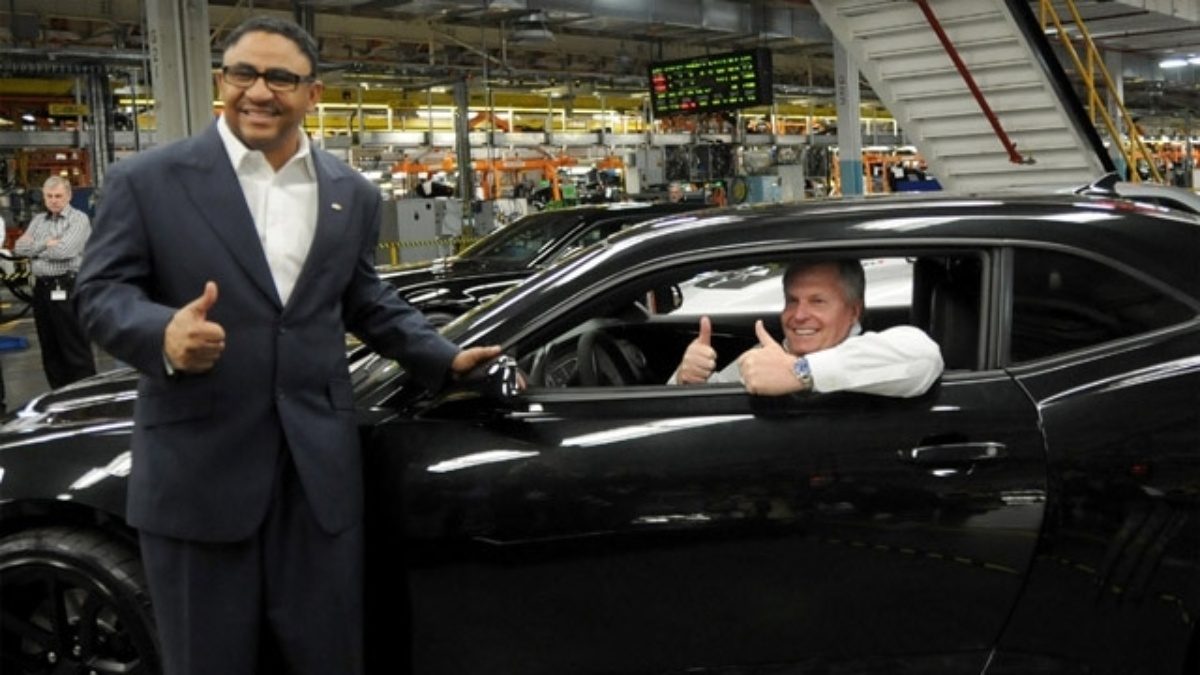 Rick Hendrick visits Oshawa Assembly Plant to celebrate start of 2012 Camaro ZL1 production