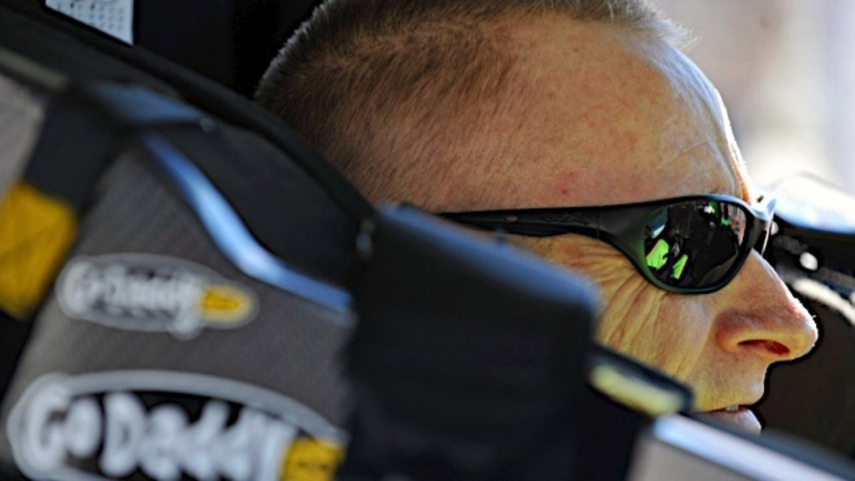 Two-car tandem racing at Talladega, fan days in Arkansas ahead for Martin