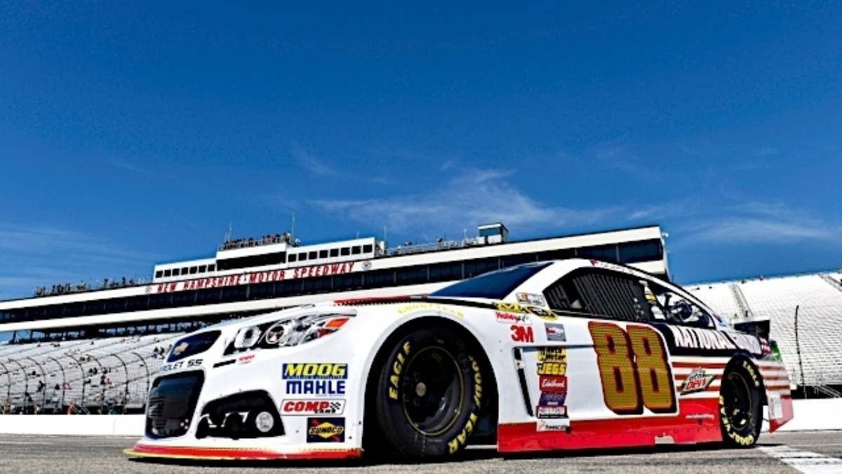 What to watch for new hampshire motor speedway hendrick for New hampshire motor speed way