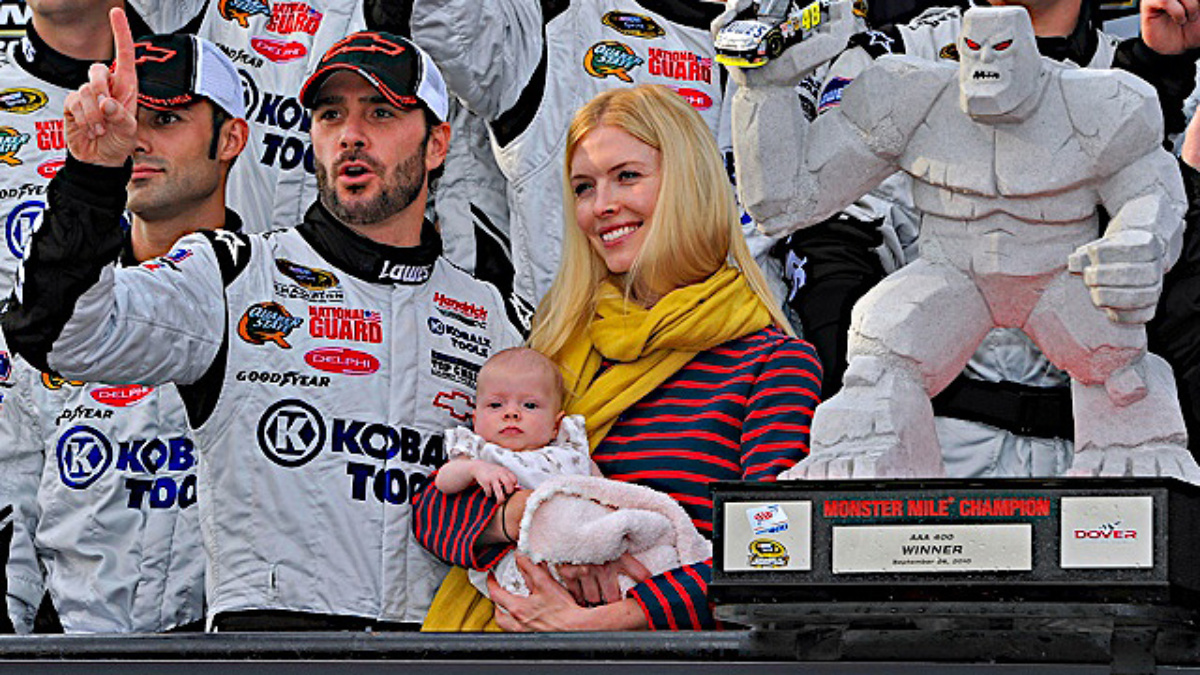 Dover recap: Johnson conquers Monster Mile